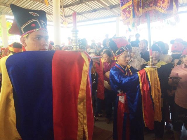 Bạc Liêu: Hàng ngàn người dự lễ Nghinh Ông Duyên Hải đầu năm mới - 7