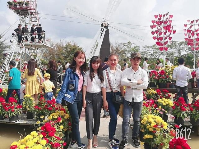 Đồng Tháp đón hơn 200.000 lượt khách đến tham quan dịp Tết - 1