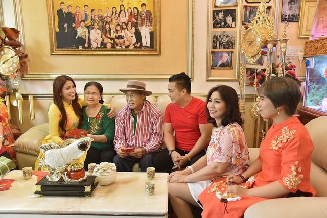 Đại gia đình diễn viên Lý Hùng lần đầu diễn xuất cùng nhau - 1