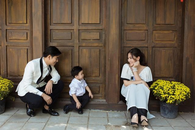 Ngọc Lan, Thanh Bình nhắng nhít chụp ảnh Tết cùng con trai - 7