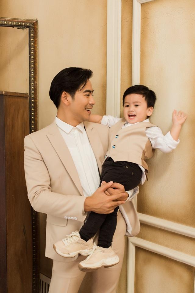 Ngọc Lan, Thanh Bình nhắng nhít chụp ảnh Tết cùng con trai - 6