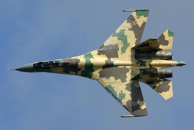 Su-35 đối đầu F-22, chuyện gì xảy ra? - 1