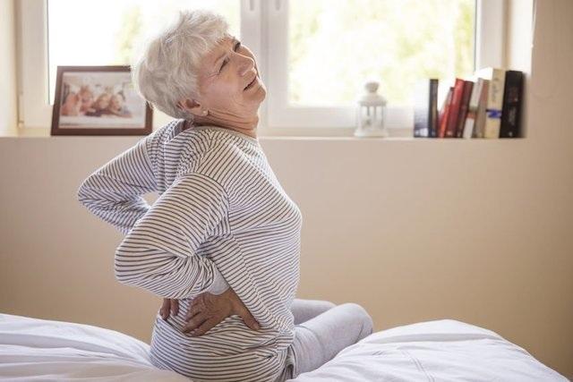 Tại sao bệnh đau lưng thường nặng hơn trong mùa đông? - 2