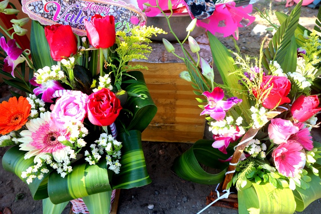Thị trường quà tặng Valentine Hội An 2019