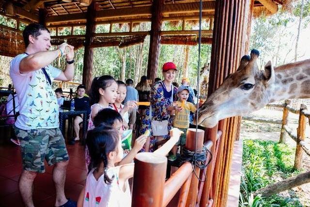 """Vinpearl Safari Phú Quốc – Trải nghiệm """"Tết mới"""",  gắn kết thiên nhiên  - 7"""