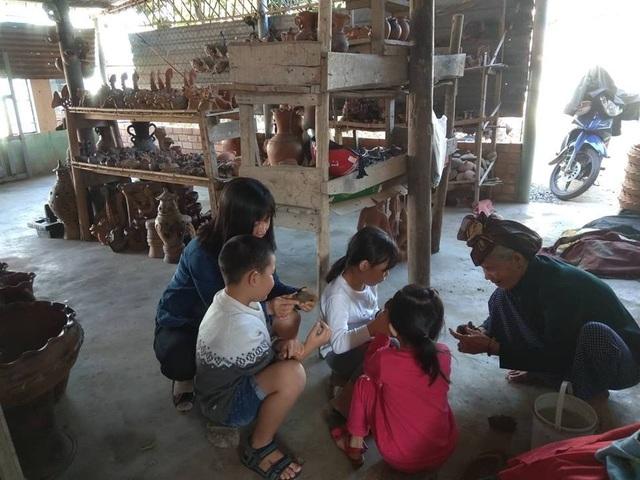 Làng gốm Bàu Trúc vắng khách du xuân, nghệ nhân cố giữ nghề truyền thống - 8