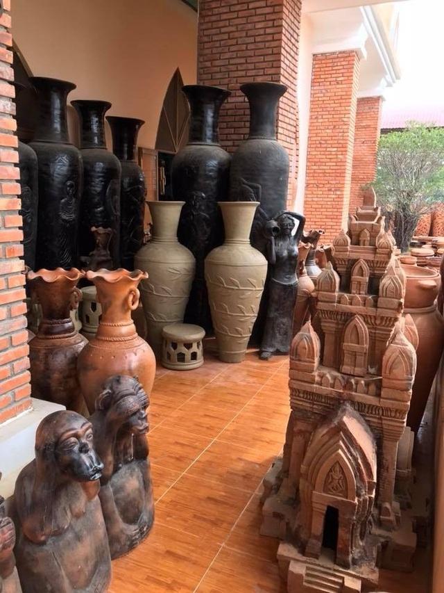 Làng gốm Bàu Trúc vắng khách du xuân, nghệ nhân cố giữ nghề truyền thống - 5