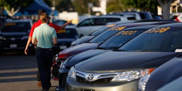 Việc người Mỹ không trả nổi các khoản vay để mua ô tô thường là dấu hiệu của sự phân biệt tầng lớp lao động có thu nhập thấp.