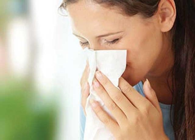 Nguy kịch vì cúm: Hắt hơi, sổ mũi cũng là dấu hiệu bệnh chết người - 1