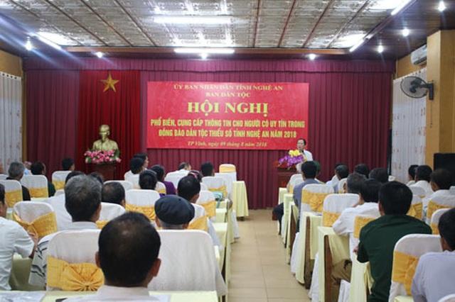 """Người uy tín trong đồng bào dân tộc ở Nghệ An: """"Cánh tay nối dài"""" cho chính quyền! - 1"""