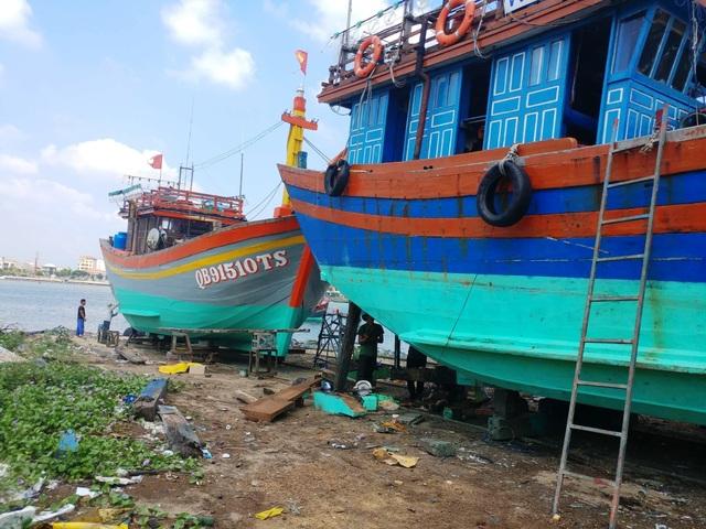Quảng Bình: Trảm xưởng đóng tàu ở thành phố hành dân suốt thời gian dài! - 3