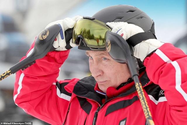 Ông Putin trượt tuyết cùng Tổng thống Belarus - 5