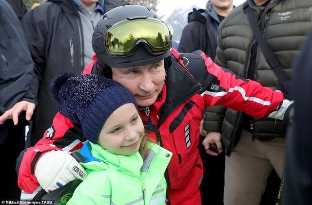 Ông Putin trượt tuyết cùng Tổng thống Belarus - 7