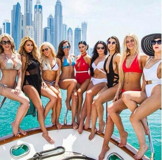 Choáng váng trước sự giàu có và tiêu tiền như nước của gái trẻ Dubai - 8