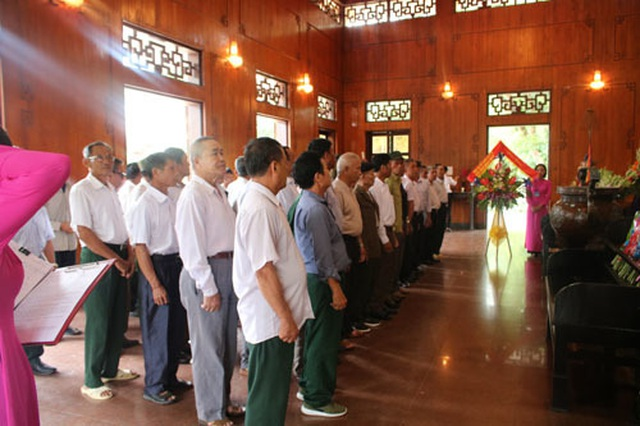 Người uy tín trong đồng bào dân tộc ở Nghệ An: Hãy đi từ cái nhỏ nhất! - 4