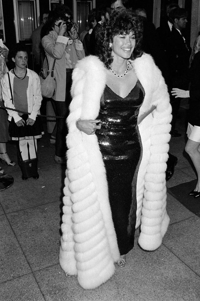 Những bộ váy cuốn hút nhất trên thảm đỏ Oscar - 3