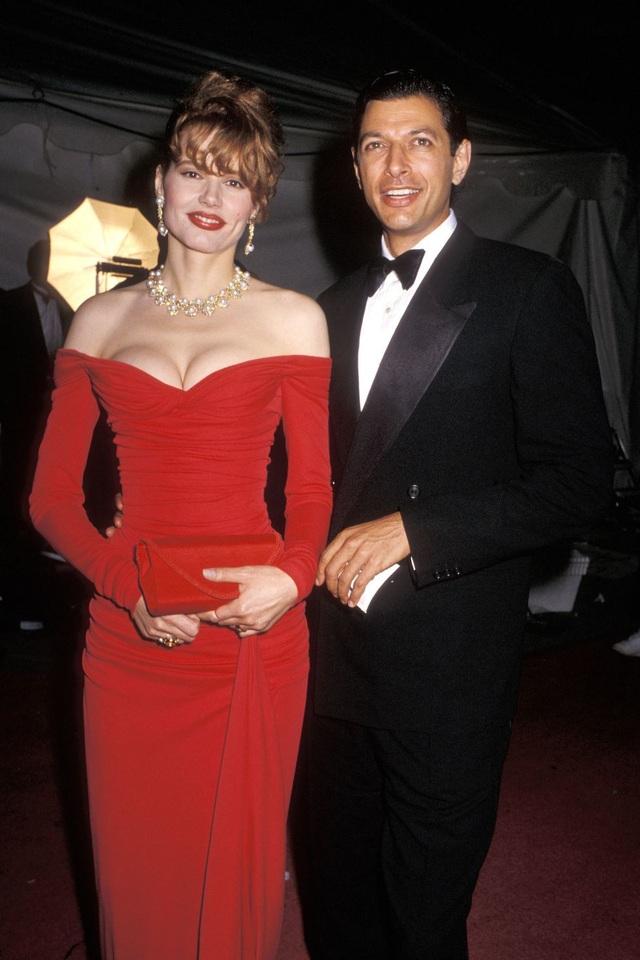 Những bộ váy cuốn hút nhất trên thảm đỏ Oscar - 5