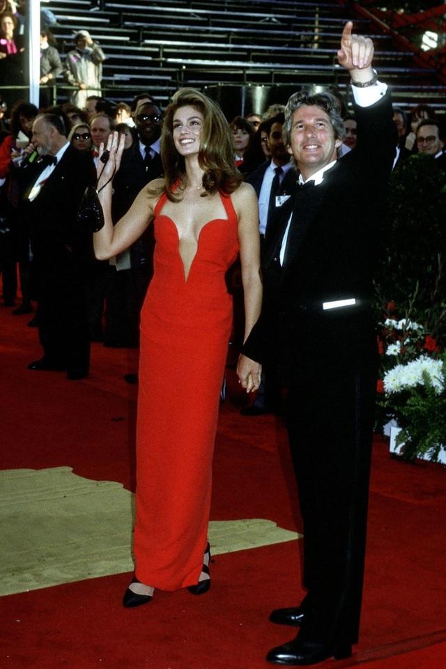 Những bộ váy cuốn hút nhất trên thảm đỏ Oscar - 6