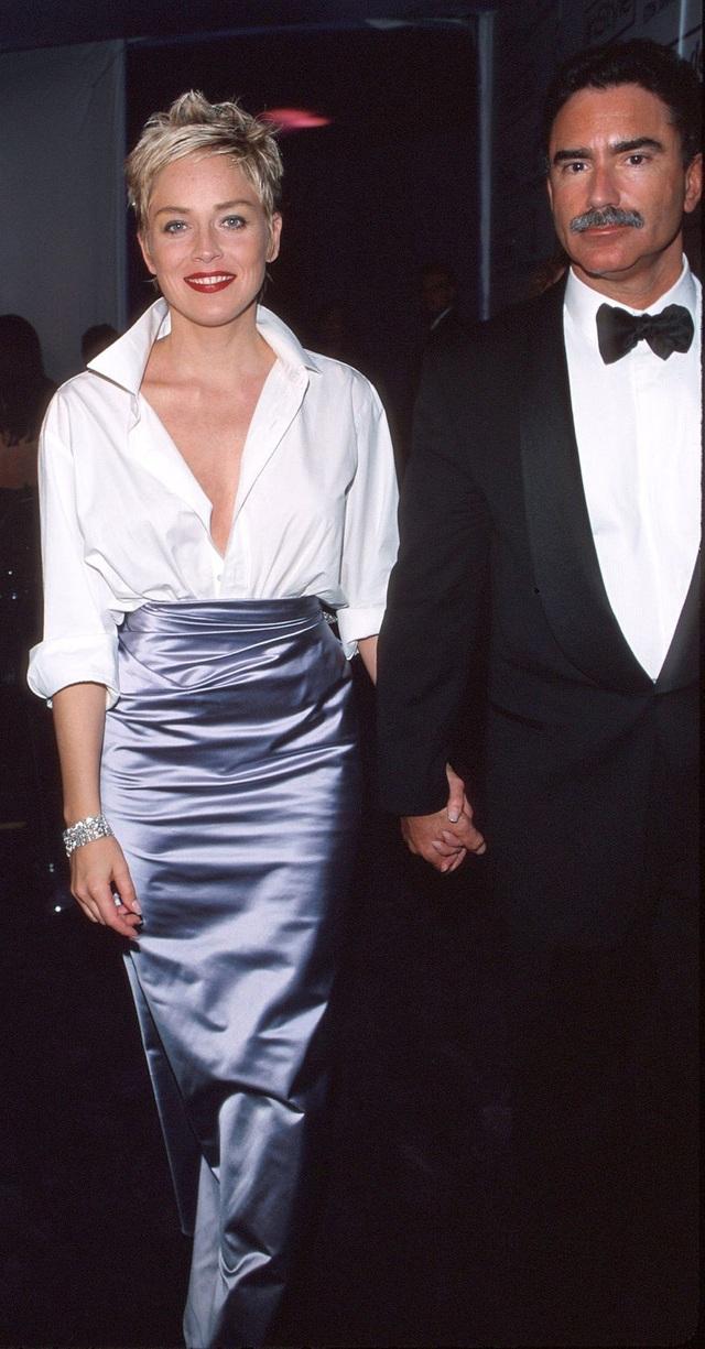 Những bộ váy cuốn hút nhất trên thảm đỏ Oscar - 7