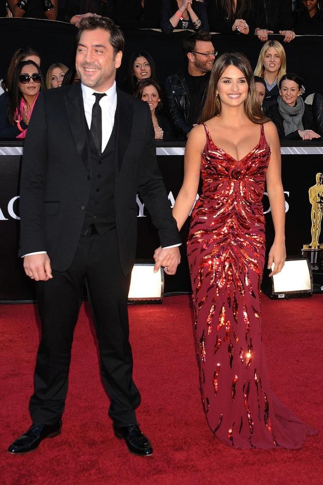 Những bộ váy cuốn hút nhất trên thảm đỏ Oscar - 19