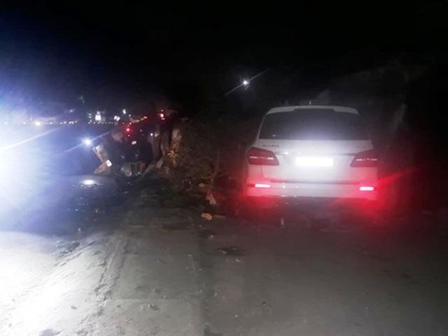 Ô tô gây tai nạn liên hoàn, húc bay 3 người phụ nữ bán rau - 1