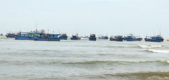 Sau Tết Nguyên đán, ngư dân Phú Yên tất bật chuẩn bị vươn khơi - 3