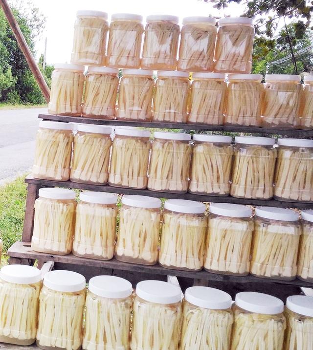 Cà Mau: Người dân kiếm nửa triệu/ngày với đặc sản bồn bồn sau Tết - 3