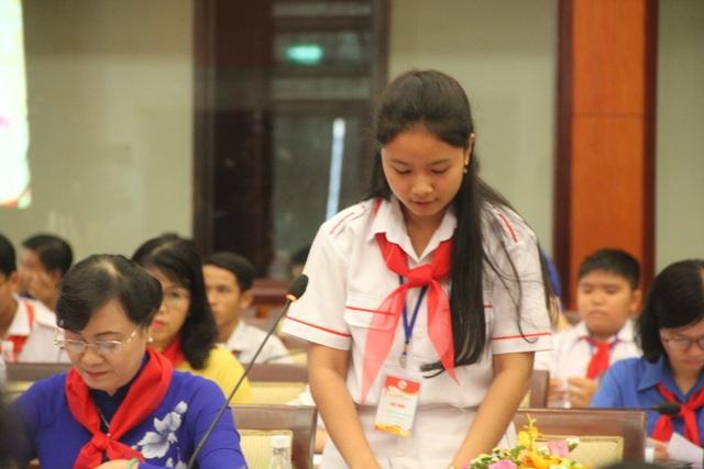 """Học sinh TPHCM """"xin"""" giảm áp lực cho thầy cô - 2"""