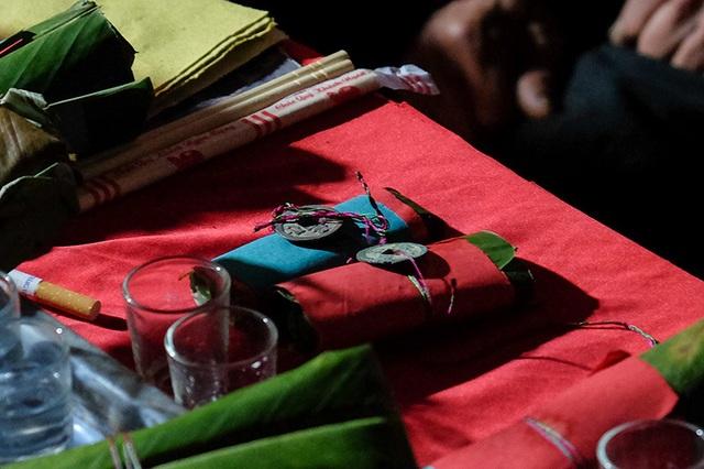 Màn kiểm tra lễ vật suốt 30 phút trong đám cưới đặc biệt ở Hà Giang - 13