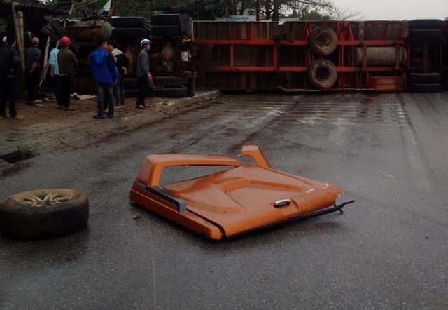 Tai nạn liên hoàn giữa 7 xe trên quốc lộ 1A, ít nhất 1 người tử vong - 4