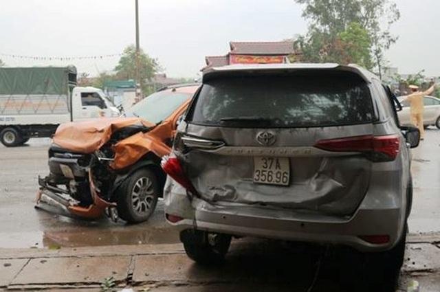 Nguyên nhân ban đầu vụ tai nạn liên hoàn giữa 7 xe trên quốc lộ 1A - 2