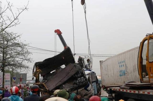 Nguyên nhân ban đầu vụ tai nạn liên hoàn giữa 7 xe trên quốc lộ 1A - 9
