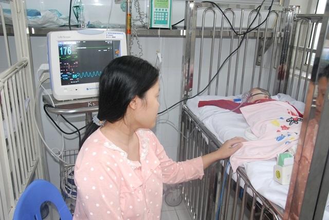 Xuất hiện bệnh nhi biến chứng viêm não sau mắc cúm - 1