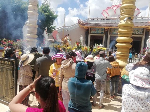Đầu năm, thăm ngôi chùa có tượng Phật Quan Âm cao nhất miền Tây - 7