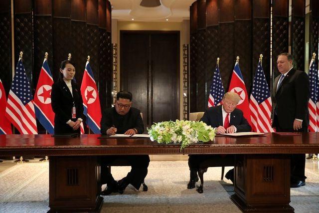 Hai tấm thảm đỏ và bí mật phút chót tại thượng đỉnh Trump - Kim ở Singapore - 1