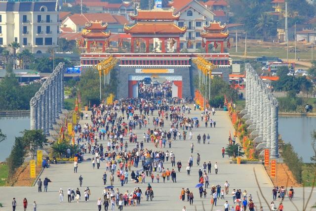 Đến với Phật, về với Mẫu nơi miền địa linh Tây Thiên - 3
