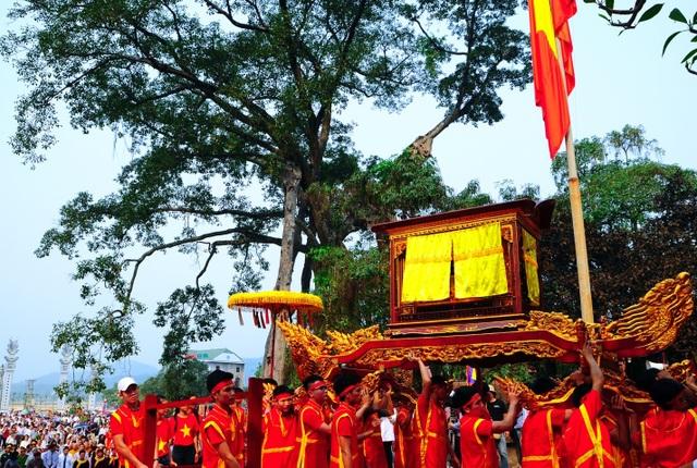 Đến với Phật, về với Mẫu nơi miền địa linh Tây Thiên - 4