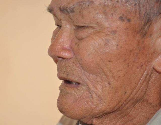 Nước mắt cay đắng của cậu bé mất cả cha lẫn mẹ - 7