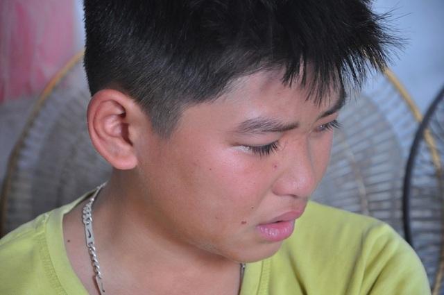 Tâm sự đẫm nước mắt của cậu bé mồ côi bố, mẹ bỏ đi lấy chồng không nuôi - 2