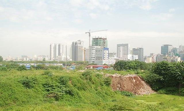 Phó Thủ tướng yêu cầu xử lý dứt điểm vụ giao 200 lô đất không qua đấu giá ở Hà Nội - 1