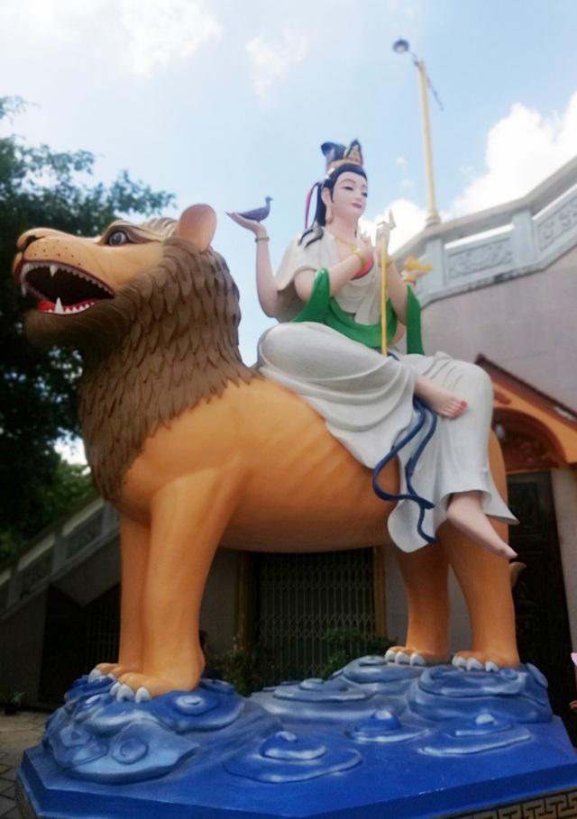 Đầu năm, thăm ngôi chùa có tượng Phật Quan Âm cao nhất miền Tây - 24