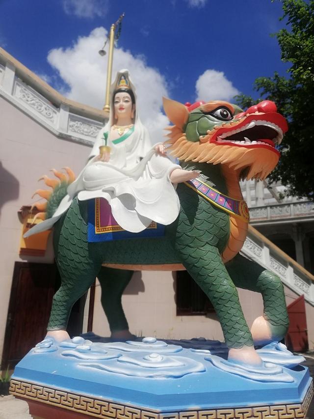 Đầu năm, thăm ngôi chùa có tượng Phật Quan Âm cao nhất miền Tây - 25