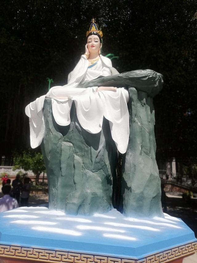 Đầu năm, thăm ngôi chùa có tượng Phật Quan Âm cao nhất miền Tây - 29