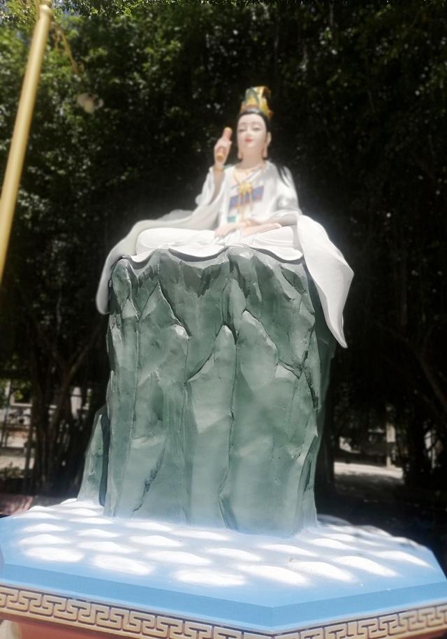 Đầu năm, thăm ngôi chùa có tượng Phật Quan Âm cao nhất miền Tây - 32