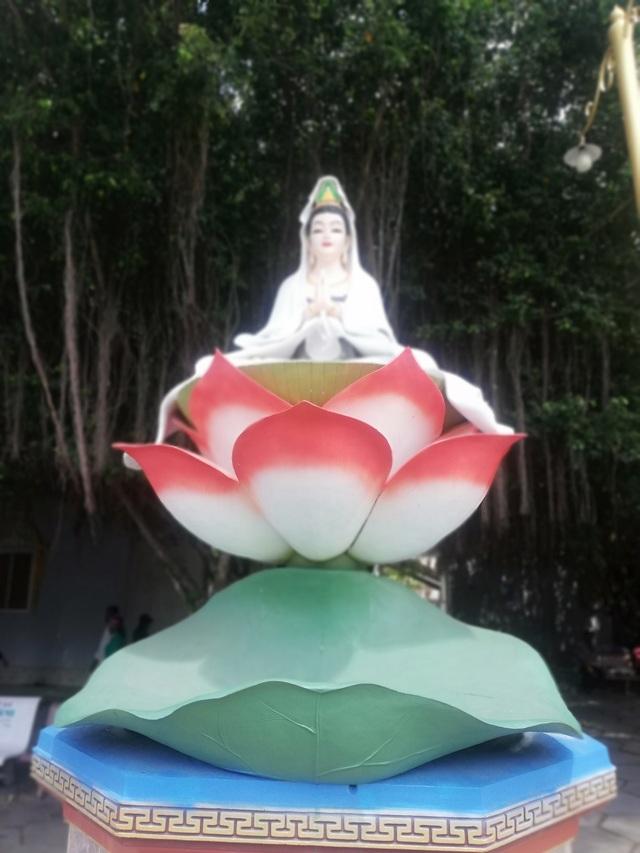 Đầu năm, thăm ngôi chùa có tượng Phật Quan Âm cao nhất miền Tây - 33