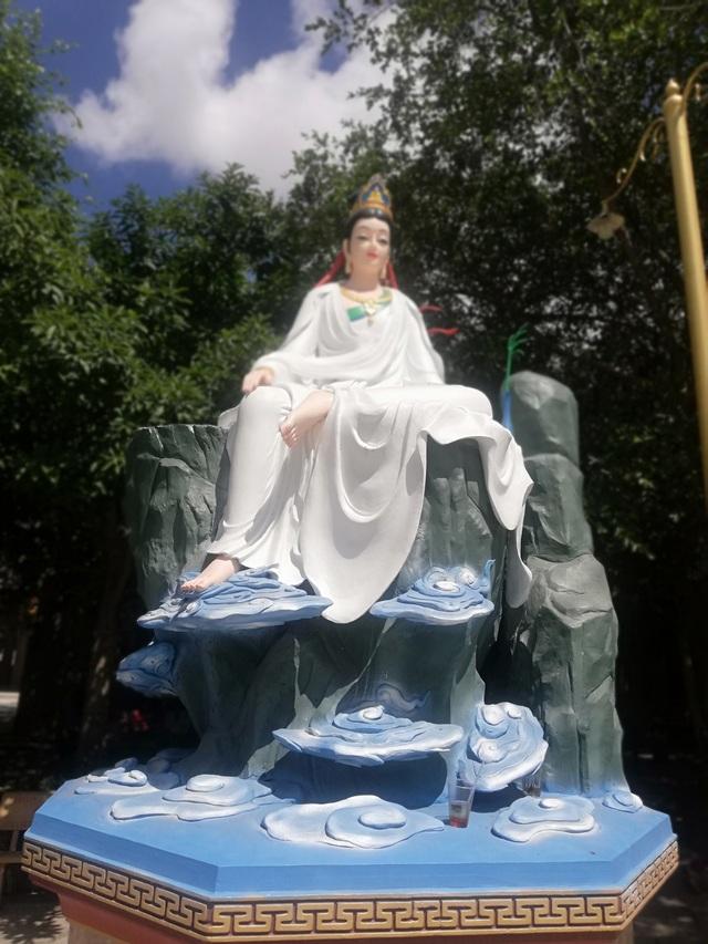 Đầu năm, thăm ngôi chùa có tượng Phật Quan Âm cao nhất miền Tây - 35