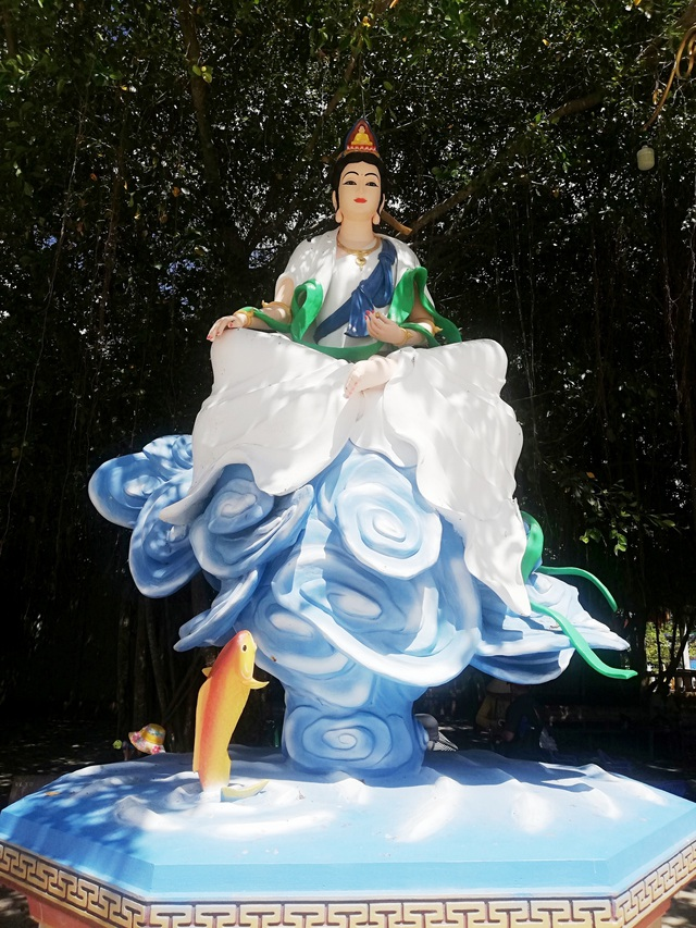 Đầu năm, thăm ngôi chùa có tượng Phật Quan Âm cao nhất miền Tây - 37