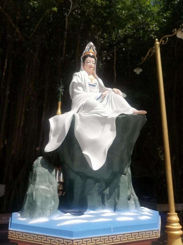 Đầu năm, thăm ngôi chùa có tượng Phật Quan Âm cao nhất miền Tây - 39