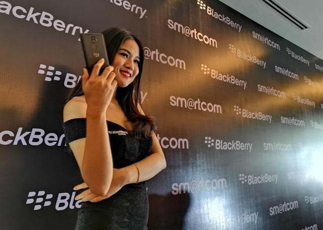 Blackberry Evolve .jpg
