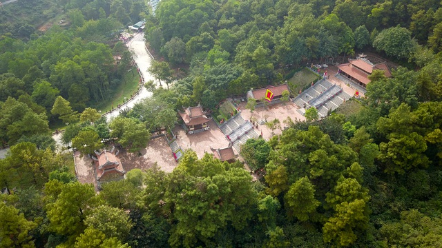 Toàn cảnh đền Chu Văn An trên núi Phượng Hoàng - 10